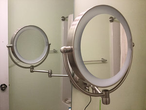 NewMakeupMirror_Jan_20.jpg