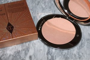 ilbury-hollywood-superstar-glow-highlighter-review.jpg