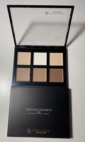 Anastasia Beverly Hills Fair Contour Cream Kit USED.jpg