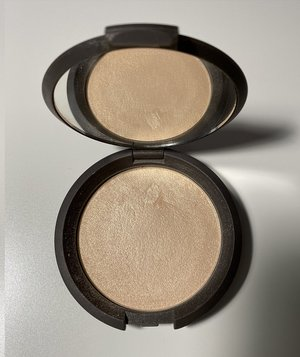 BECCA Moonstone Shimmering Skin Perfector Pressed 0.28oz. USED.jpg