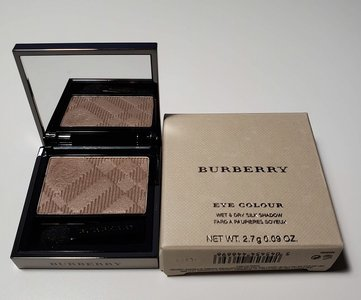 Burberry Pale Barley Eye Colour Wet & Dry Silk Shadow USED.jpg