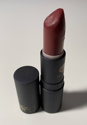 Lipstick Queen Wine Sinner Lipstick USED.jpg