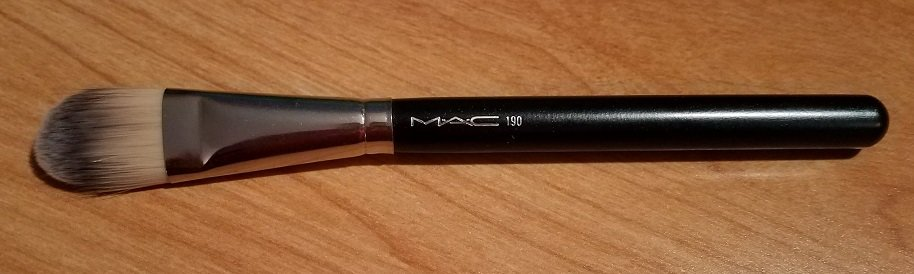 MAC #190 Foundation Brush USED.jpg