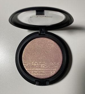 MAC Beaming Blush Extra Dimension Skinfinish USED.jpg
