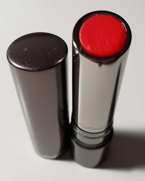 MAC Cherry Glaze Huggable Lipcolour USED.jpg