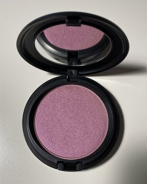 MAC Justine Skye Iridescent Powder Pressed USED.jpg