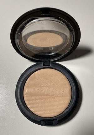 MAC Light Studio Sculpt Defining Powder USED.jpg