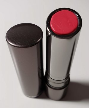 MAC Out For Passion Huggable Lipcolour USED.jpg