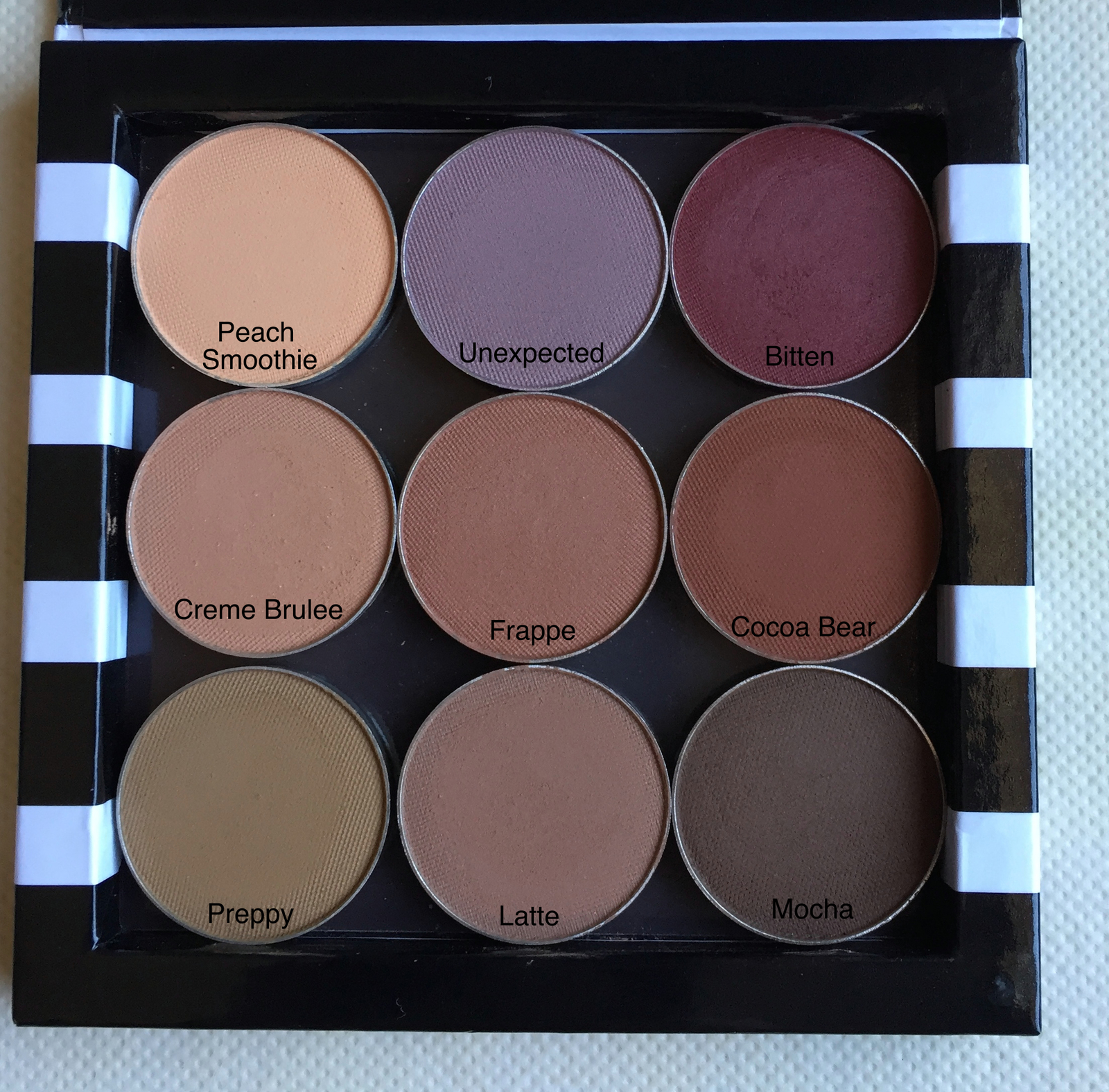 Makeup Geek Eyeshadow For Woc Specktra The Online Community For